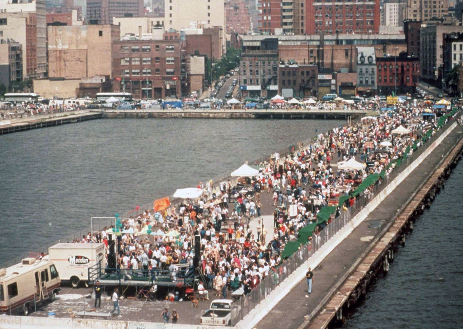 Waterfront Rally To Create HRP 1989